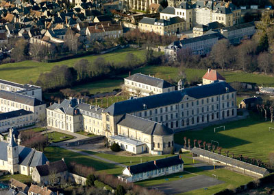 abbaye-st-martin-cathedrale-sees-vues-du-ciel