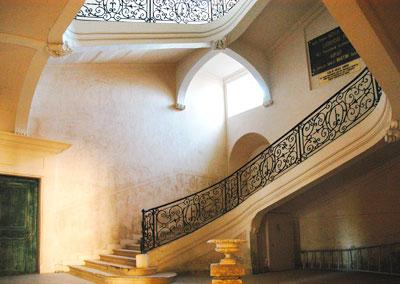 escalier-abbaye-saint-martin